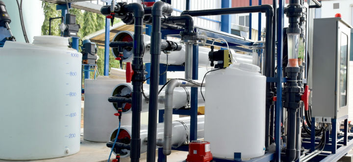what chemicals does reverse osmosis remove?